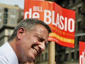 A smiling Bill de Blasio. (Photo: Getty)