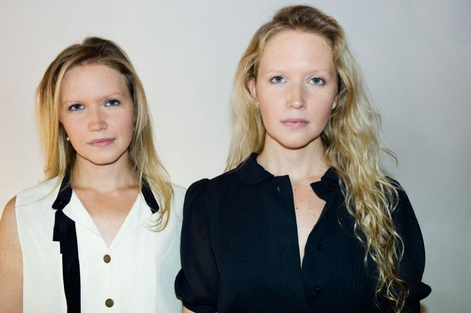 Show and Smell: Twin Sisters Match Fashion to Fragrance With Synesthesia Superpower