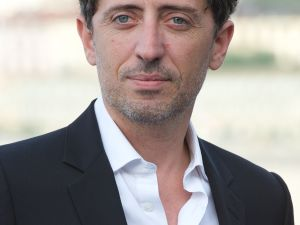 Gad Elmaleh. (Photo by Carlos Alvarez/Getty Images)