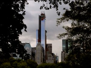 Construction on One57, the residential luxury toward that received the 421a tax abatement. (Photo: Oliver Morris/Getty Images)
