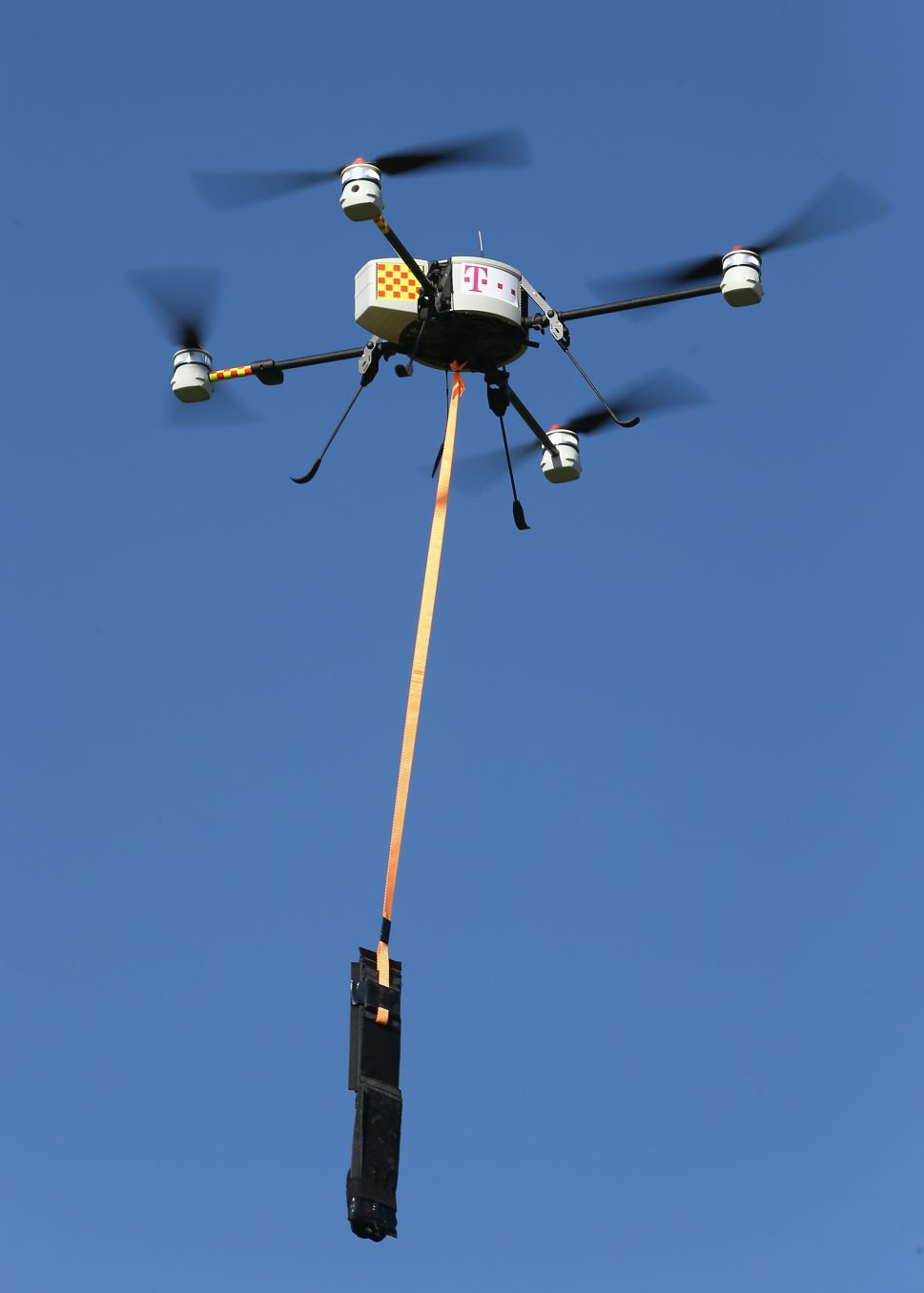 Journalists and Artists Celebrate Veto of California Drone Bill