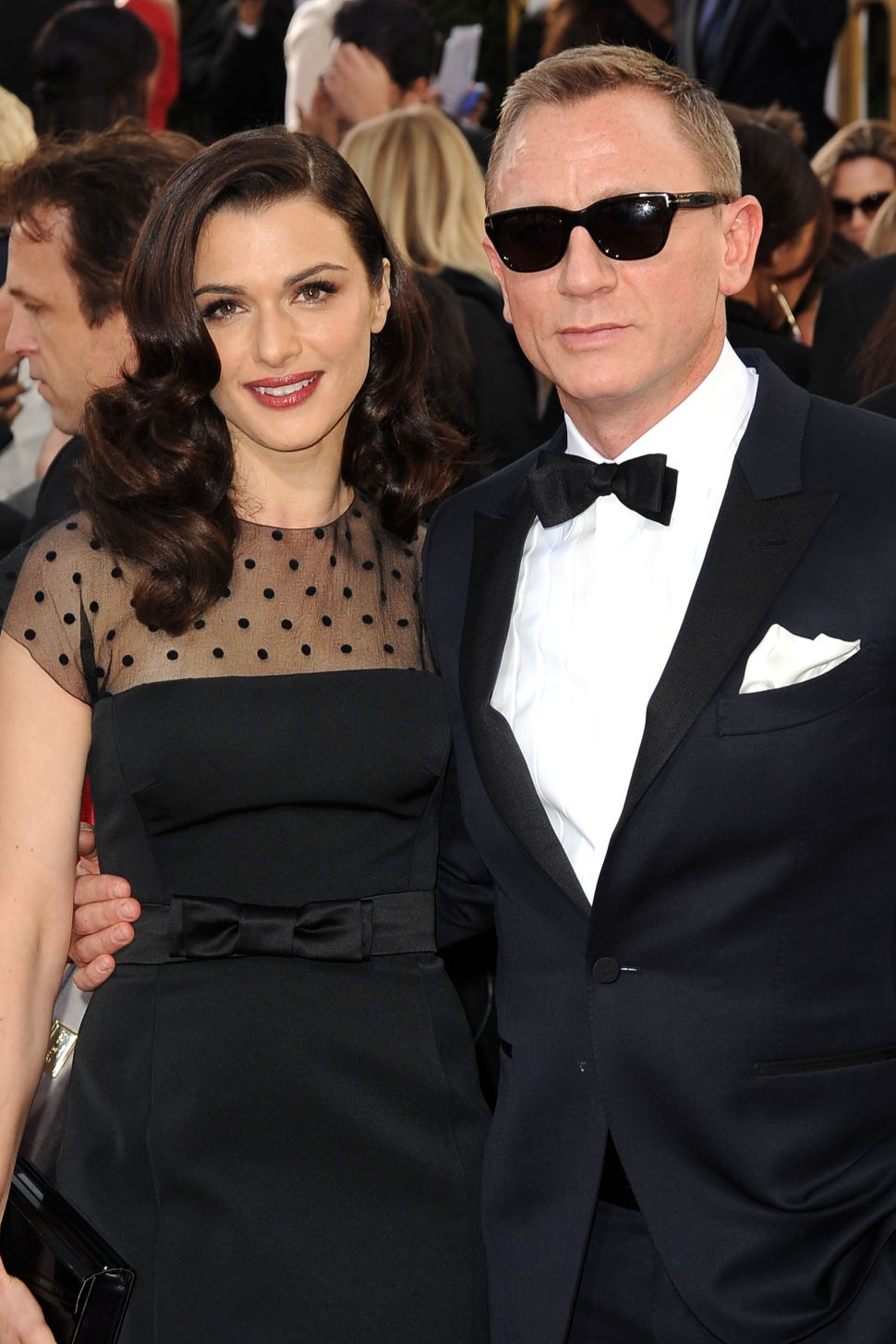 Daniel Craig Keeps His Shirt On In 'Betrayal'