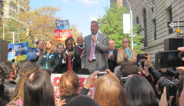 Bill de Blasio, after finally arriving at his rally.