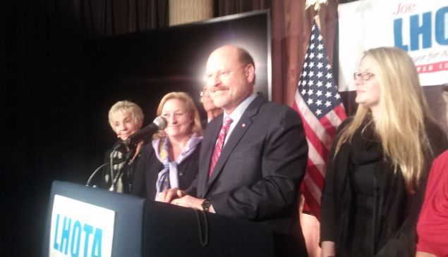 Joe Lhota gives his concession speech next to his family.