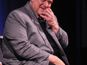 Though he won't roll on Shabbos, John Goodman will gladly work with the Coen brothers.ΩΩΩ
