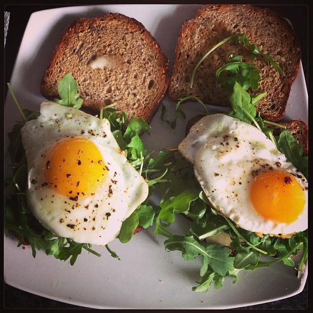 <em>Groan</em>. Mr. 300 Sandwiches Wants You to Tweet Him Proposal Ideas