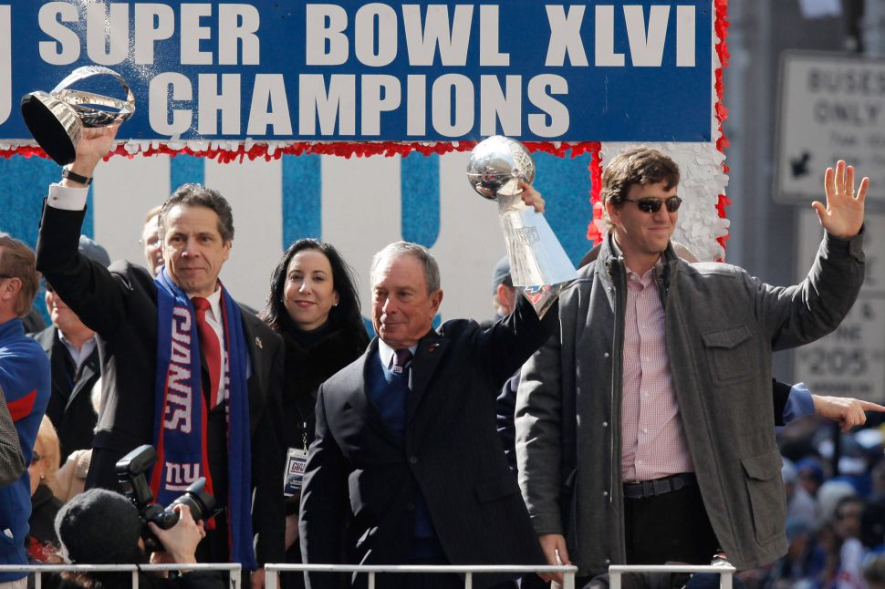 Gov. Cuomo Promises New York Goodies at Super Bowl