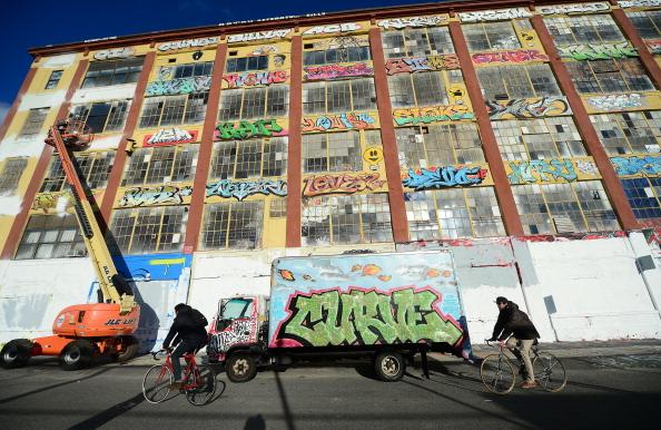 Graffiti Mecca 5 Pointz Sprayed With 'Art Murder'