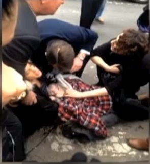 Fox 5 Captures Woman Giving Birth on New York Street (Video)