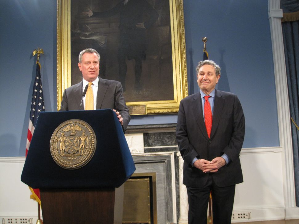 Bill de Blasio Appoints Carl Weisbrod City Planning Commission Chair