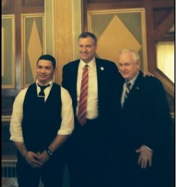 Mayor Bill de Blasio with State Senator Marty Golden. (Photo: Senator Marty Golden/Twitter)