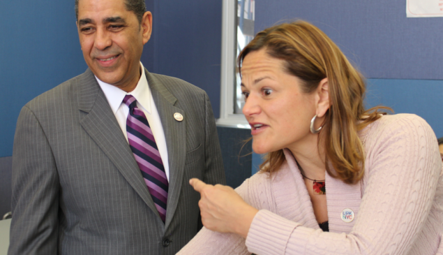 Melissa Mark-Viverito introduces Adriano Espaillat to constituents.