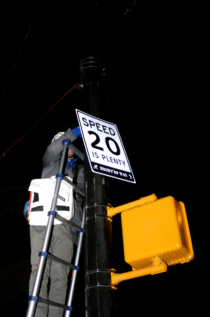 Guerrilla Group Posts Fake Speed Limit Signs