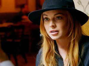 Lindsay in a hat. (OWN)