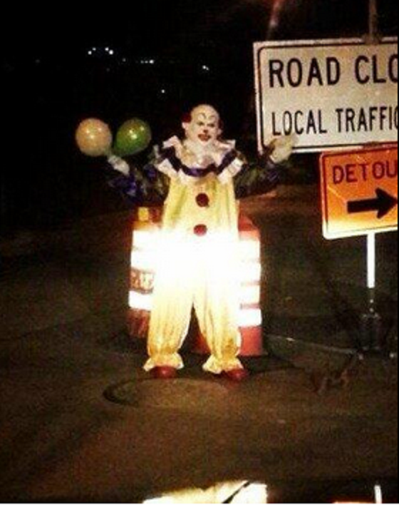This Horrifying Clown Is Haunting Staten Island