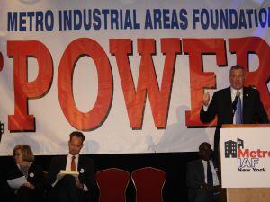 Mayor Bill de Blasio speaks at the Metro IAF Assembly yesterday. (Photo: Vanessa Ogle)