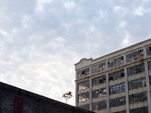 Industry City. (h-bomb, flickr)