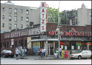 Katz Fight! Famous Deli Sues 'Katz & Dogz' Food Cart Over Name