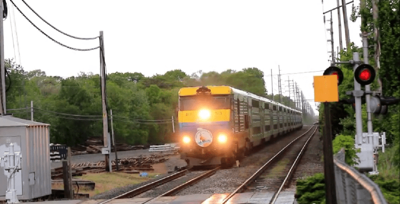 Cannonball! Wealthy Riders Hoard All the LIRR Express Tickets