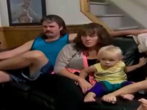 The family enjoying some tech-free family time (Screengrab: YouTube)