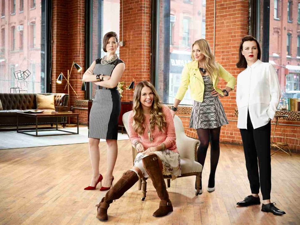 Sutton Foster, Hilary Duff and Darren Star Team Up for Non-Musical TV Show