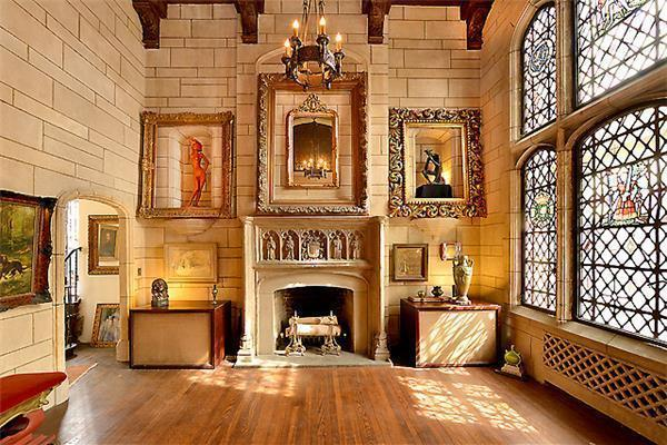 'Tudor Castle' on Gramercy Park Where Pacino and Soros Partied Asks $7 M.