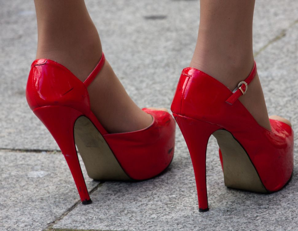Lady Killer: Drug Dealer Murders Rival While Wearing a Dress