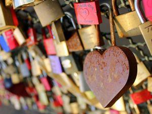 Lock up your love (Rachel Titiriga/Flickr Creative Commons)