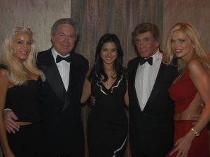 Stephanie Wood, Bob Gans, Sunny Leone, Bob Guccione, and Victoria Zdrok at the ribbon cutting ceremony for the grand opening of The Penthouse Executive Club. (Photo by Patrick McMullan)