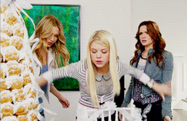 'Faking It' GIF-Cap: Last Stand At The Croquembouche