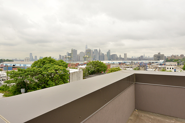 Ultra Modern Townhouse on Columbia Waterfront Asks (Only) $15 K. in Rent