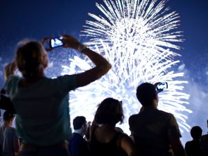 You can be a fireworks whiz with Firefly.