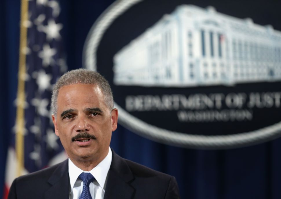 Longtime Federal Attorney: Eric Holder Protects Corrupt Prosecutors