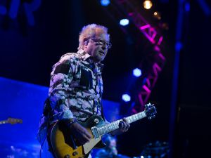 Mick Jones and Foreigner at the Prudential Center, Newark, New Jersey. (Photo by Dave Kotinsky/Getty Images)