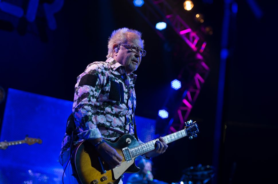 Foreigner and Styx: A Cascade of Hits but Some Misses, Too