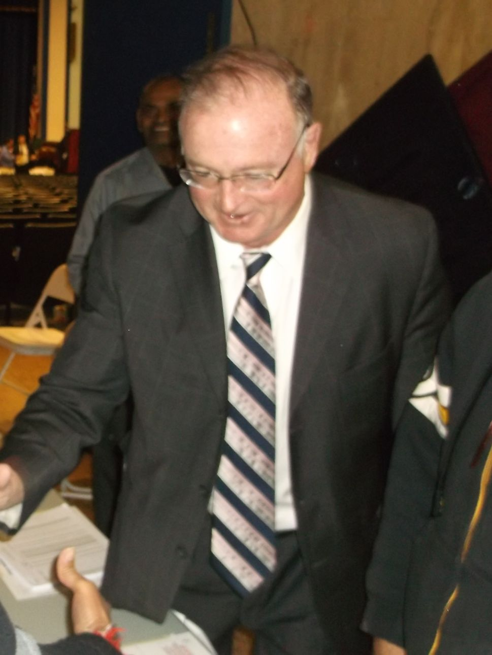 Source: Healy calls Fulop to concede race