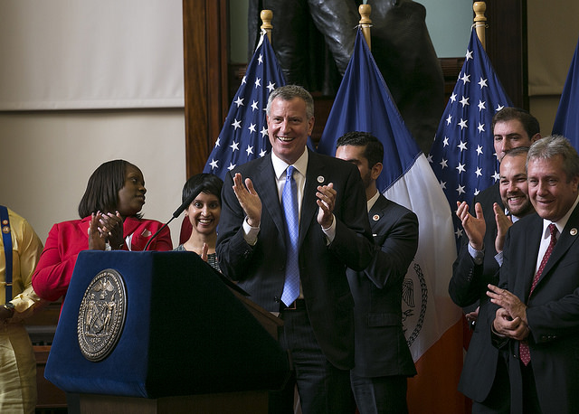NYC Mayor Says GOP Lawsuit Won't Stop Him From Erasing Records of Undocumented Immigrants