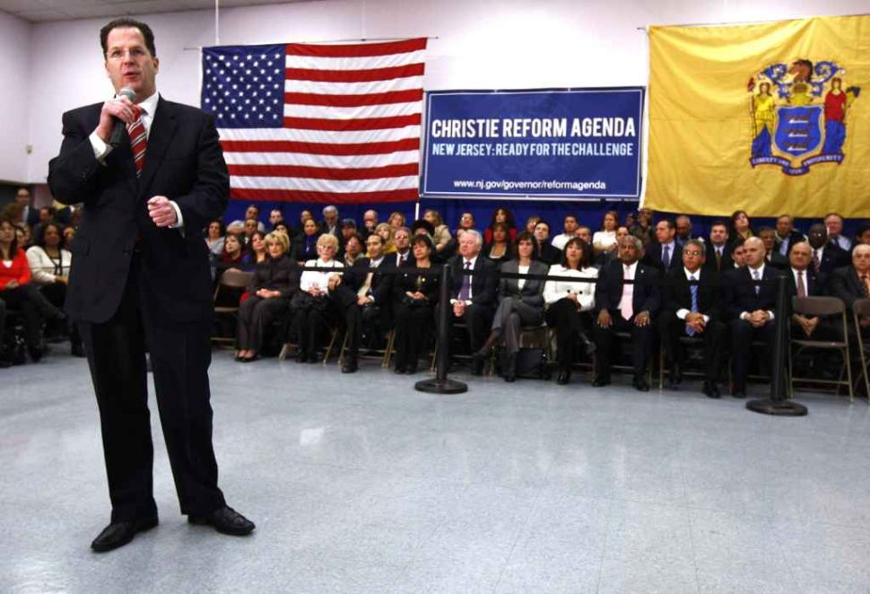 Warm reception for Christie in Democratic haven, Hudson County