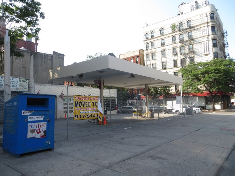 Nothing Left in the Tank: Lower Manhattan Gas Stations Nearly Extinct