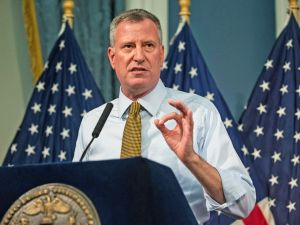 Let's hope Mayor de Blasio doesn't read Twitter comments.