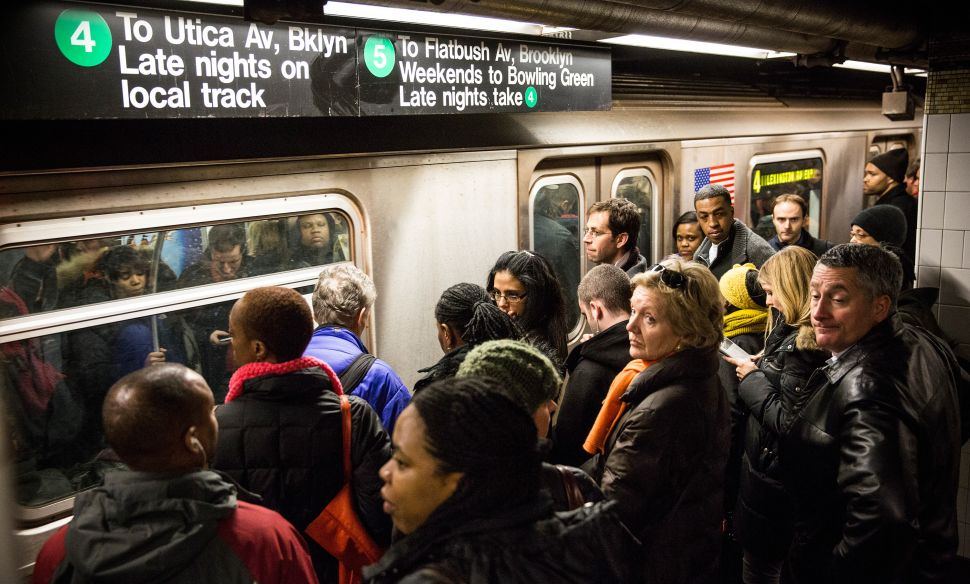 Afternoon Bulletin: 129K Subway Riders Claim Excuse Slips From MTA and More