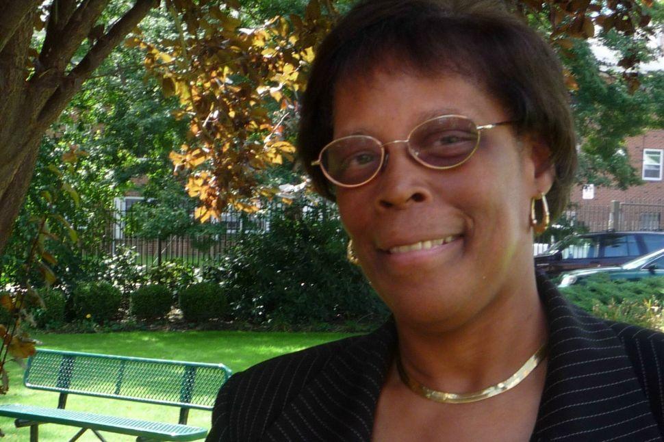 Davis returns to North Ward Center leadership role