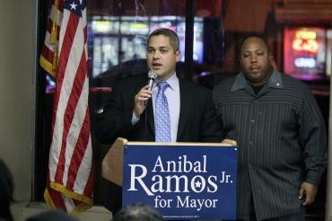 In Newark, Ramos opens his central ward office