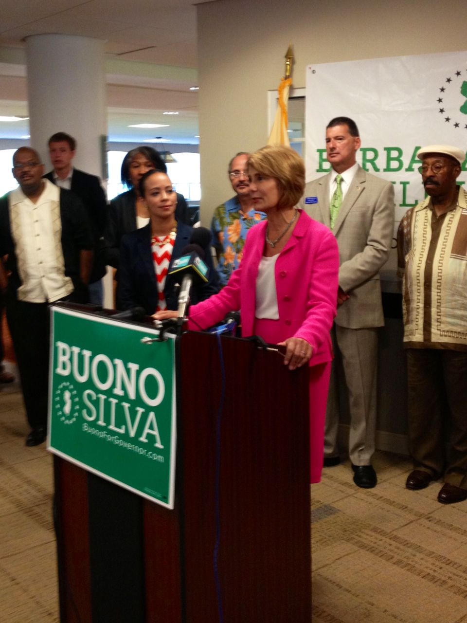 Weinberg joins Buono at fundraiser that pulls in 25K for Dem Guv candidate