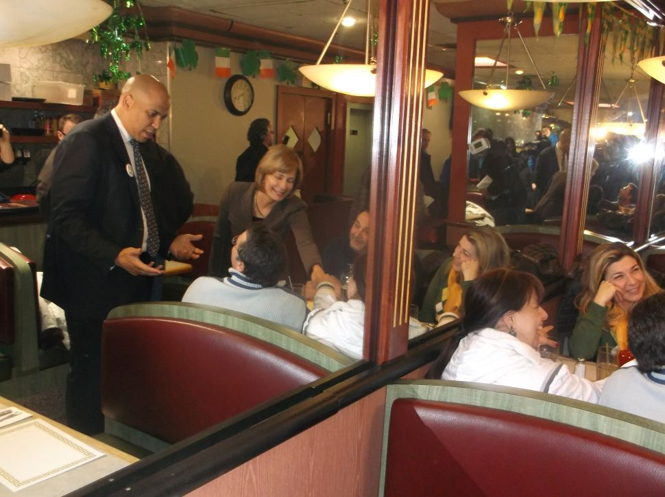 Booker stumps for Buono in the Ironbound