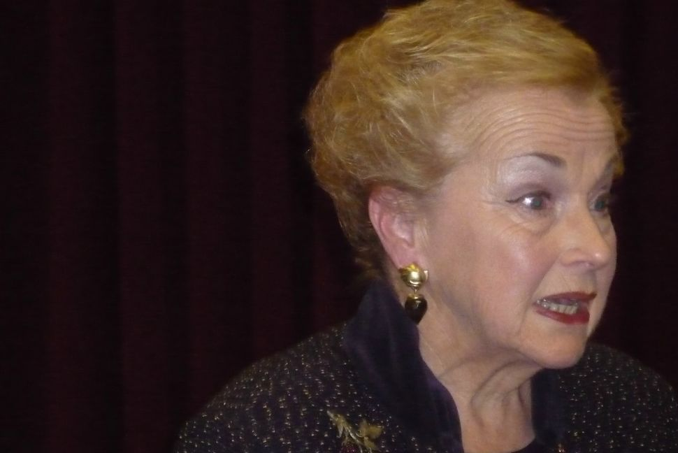 Burry chastises Democrats over money, while state GOP aids her campaign
