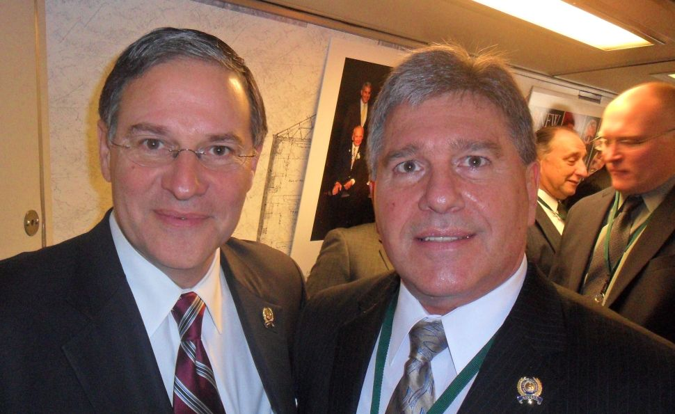 Bramnick backs Christie for governor; urges GOP to use Lance as a model