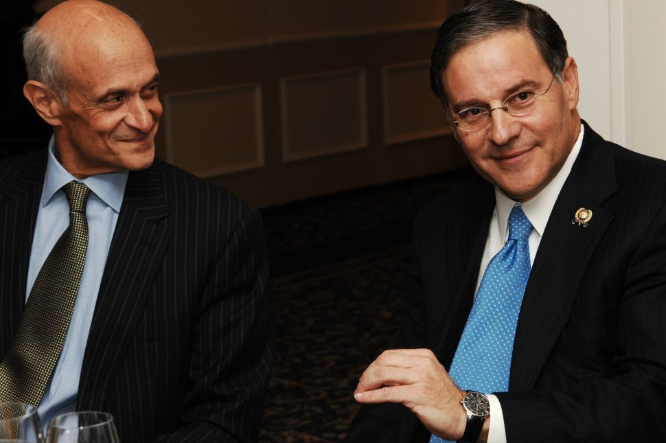 Chertoff teams up with Bramnick at fundraiser