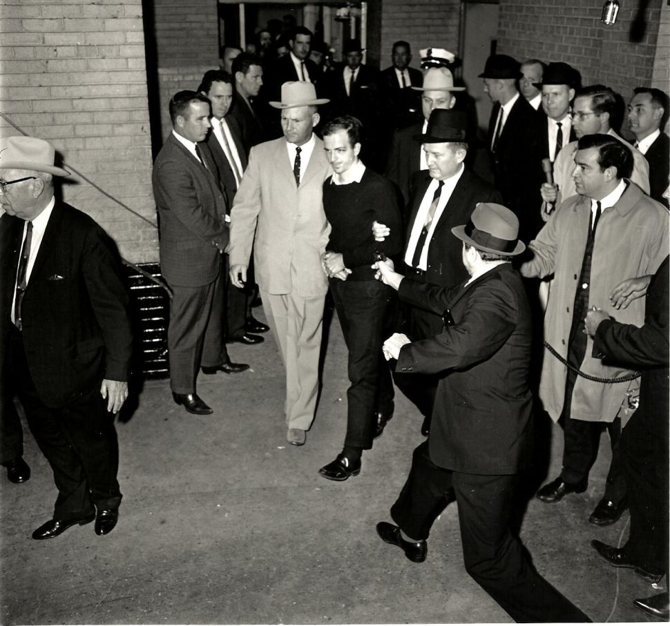 Eyewitness reporter turned Polling Director Carroll writes book on Oswald killing