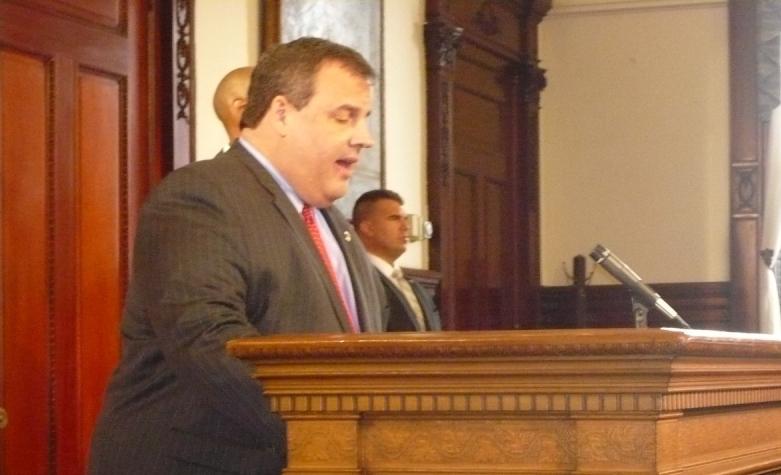 Christie announces politics-free school construction